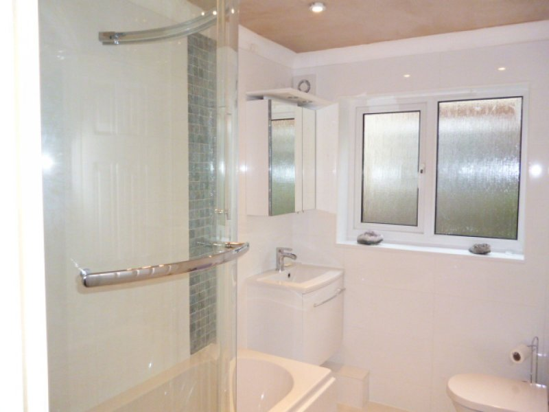 Bathroom installation in torquay projects bathroom for Bathroom designs exeter